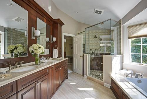 Relaxing Retreat Master Bath