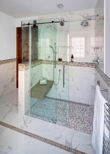 Modern Sleek Master Bath