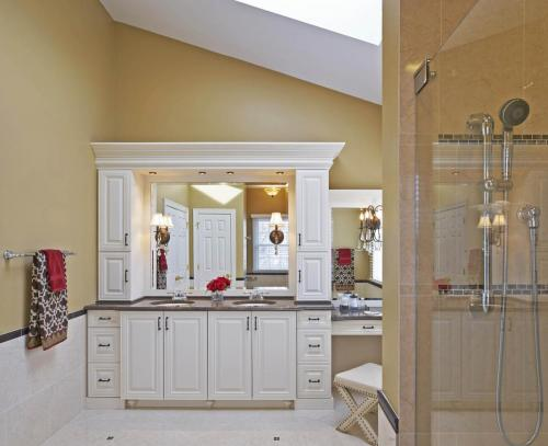 Traditional Master Bath Oasis