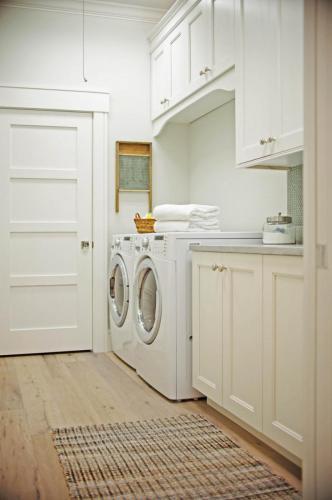 Seaside Laundry Room